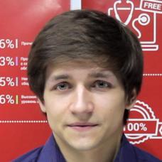 Павло - Менеджер по роботі з клієнтами